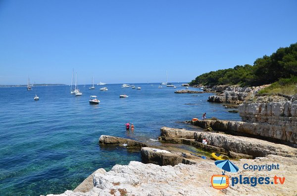 Rocks of Lerins island with view on Cap d'Antibes