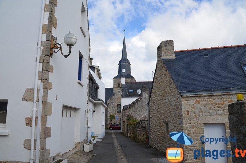 Ruelle de Locmariaquer dans le Morbihan