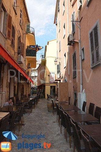 Ruelle dans le vieux Ajaccio