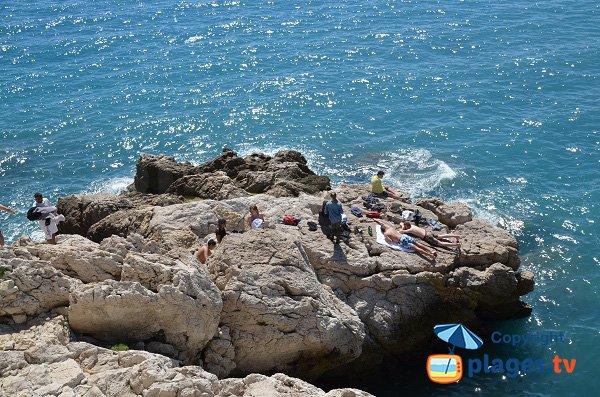 Foto sito bains della Polizia a Nice