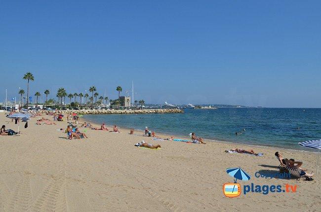 Photo de la plage du Soleil - Golfe Juan