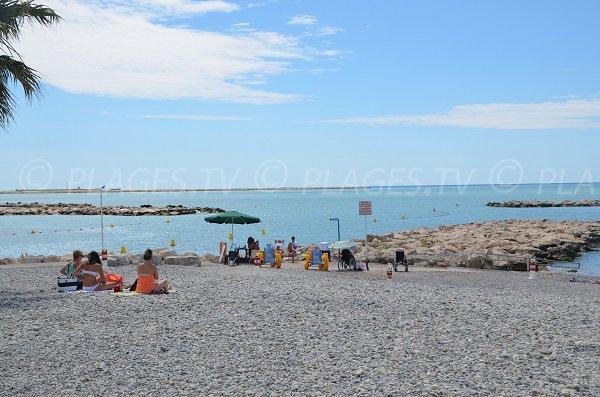 Tyralo on the beach of Saint Laurent du Var