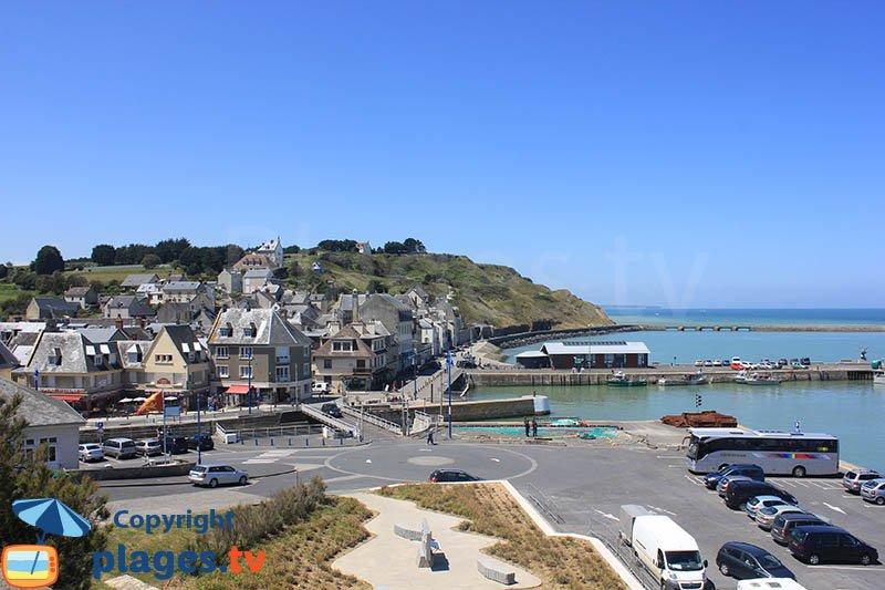 View on Port en Bessin