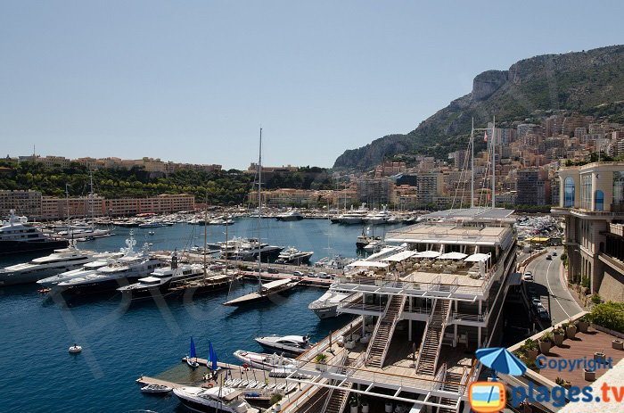 Yacht Club in Monaco