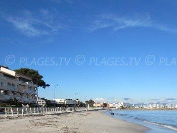Spiaggia Pesquiers