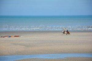 St Aubin sur Mer Beach - Saint-Aubin-sur-Mer