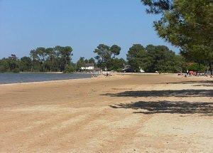 Spiaggia del Lago di Navarrosse
