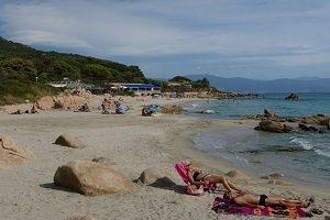Spiaggia la Terre Sacrée