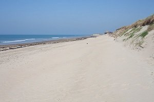 76d1d6481d5 The most beautiful beaches in Lower Normandy France