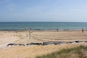 Brèche de la Valette Beach - Graye-sur-Mer