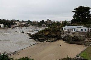 Spiaggia dell'Ansa aux Lapins