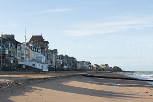 Beaches in Saint-Aubin-sur-Mer
